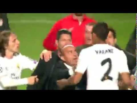 Diego Simeone -Raphael Varane Fighting │Real Madrid – Atletico Madrid│ Champions League 2014 Final