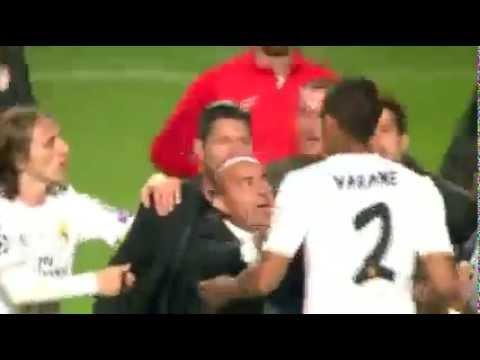 Diego Simeone -Raphael Varane Fighting │Real Madrid – Atletico Madrid│ Champions League 2014 Final