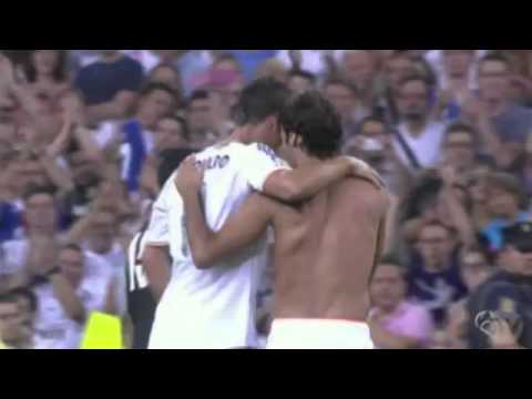 Raul Gives T-Shirt Num 7 to Cristiano Ronaldo ~ Real Madrid 5-0 Al Sadd Aug,23.2013