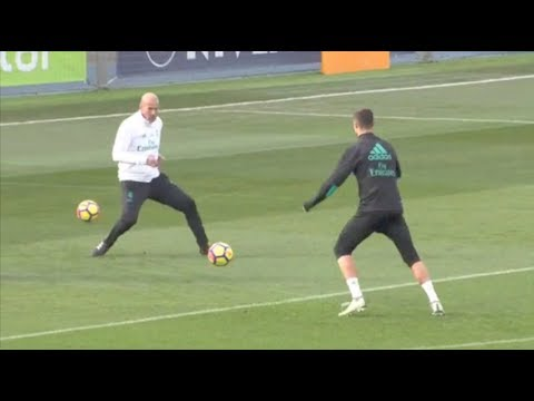 Cristiano Ronaldo and Zinedine Zidane played tricky combination during training