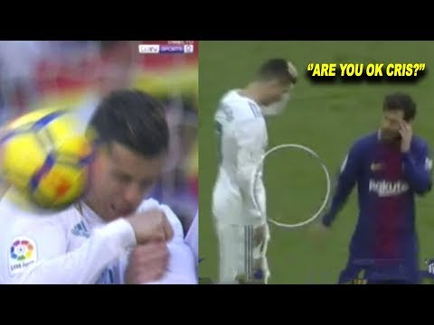 Lionel Messi Reaction after hitting Cristiano Ronaldo on Head (Real Madrid vs Barcelona 0-3)