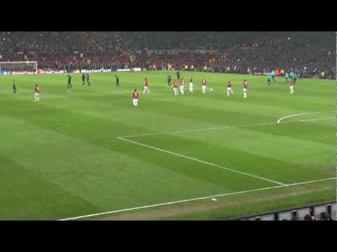 Incredible atmosphere at Man Utd v Real Madrid game and what a reception for Giggs & Ronaldo! HD