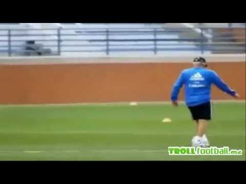 Zidane and Carlo Ancelotti showing their skills – Real Madrid Training