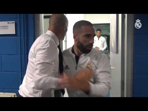 Watch Zidane's pre-match ritual with the squad!