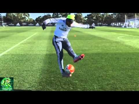 Jese Rodriguez incredible juggling skills and trick in Real Madrid Training 2015 HD