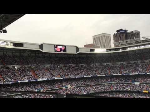 El Bernabéu canta a capela Hala Madrid Y Nada Más (Real Madrid – Juventus)