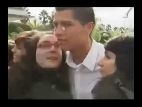 شاهد ردة فعل كريستيانو رونالدو عند تقبيله Cristiano Ronaldo when kissing