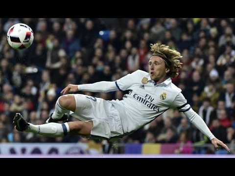 Real Madrid Magical Skills & Tricks 2017