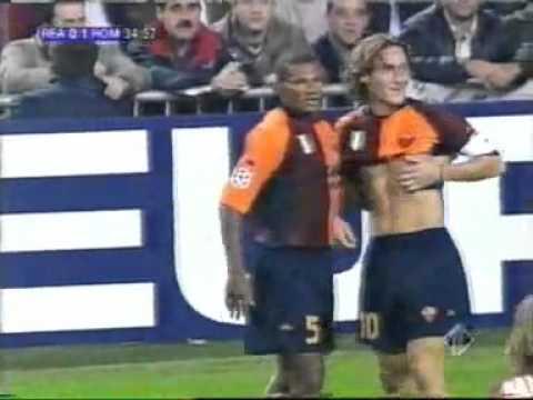 Real Madrid – Roma (0-1), Totti [2001/02] commento di Carlo Zampa