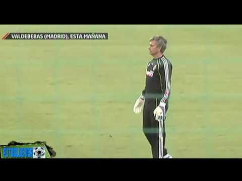 Jose Mourinho From a Coach To a GOALKEEPER (Real Madrid Traning) FULL