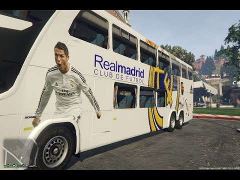 Autobus del Real Madrid camino al estadio gta5