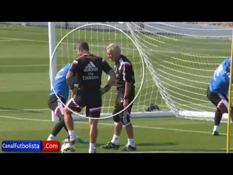 Keylor Navas bromea con el entrenador de porteros del Real Madrid │2014