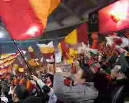 Roma Real Madrid – 19.02.08 – Formazione e Inno dalla Sud