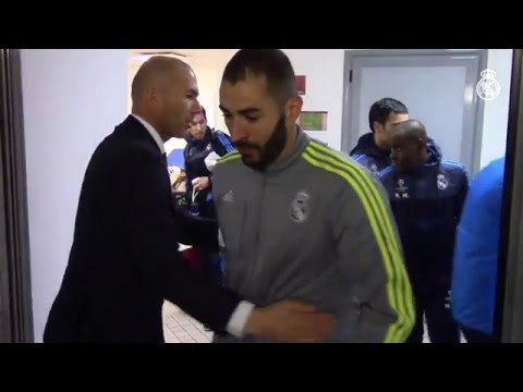 Zidane motivates the Real Madrid squad before our victory in Rome